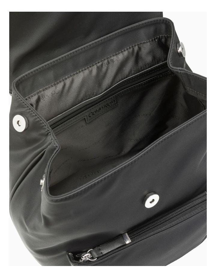 H9Dkecv1_Bsv New Belfast Flap Over Backpack image 2