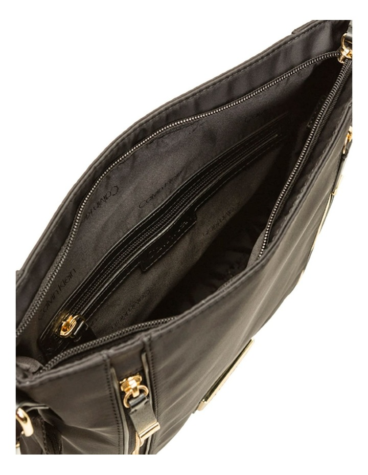 H9GFEGP1_BGD Belfast Zip Top Crossbody Bag image 2