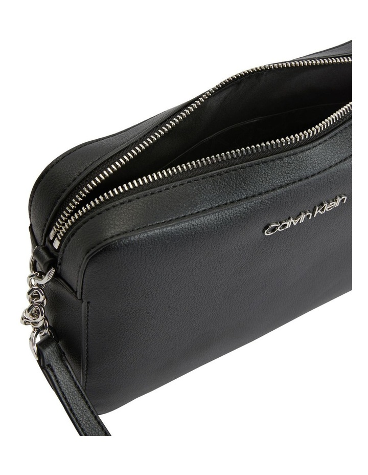 K60K607884BAX Camera Bag Crossbody Bag image 3