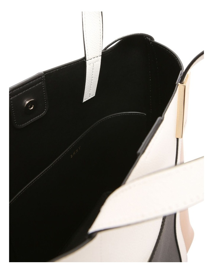 R82BA495 Sam Double Handle Shoulder Bag image 4