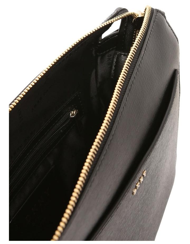 R74E3005 Bryant Zip Top Crossbody Bag image 4