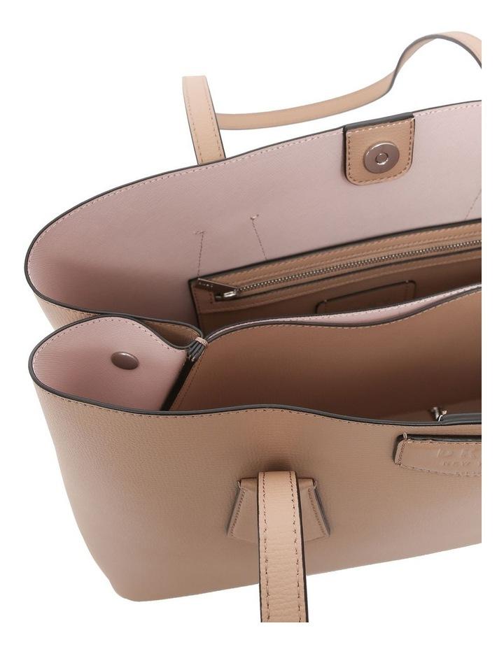 R84A8943 Sullivan Double Handle Tote Bag image 4