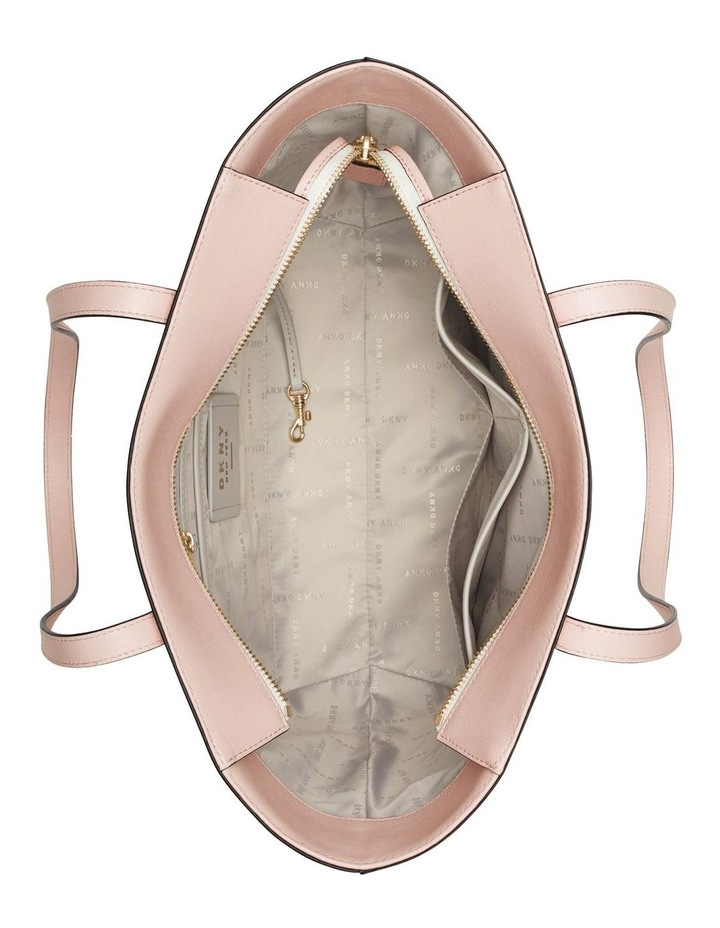 R74A3014CAH Bryant Tote Bag image 4