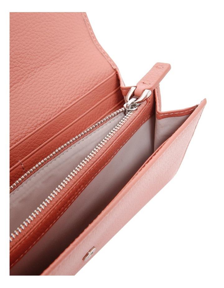 E2 CN5 11 03 01 Craquante Flap Over Wallet image 3