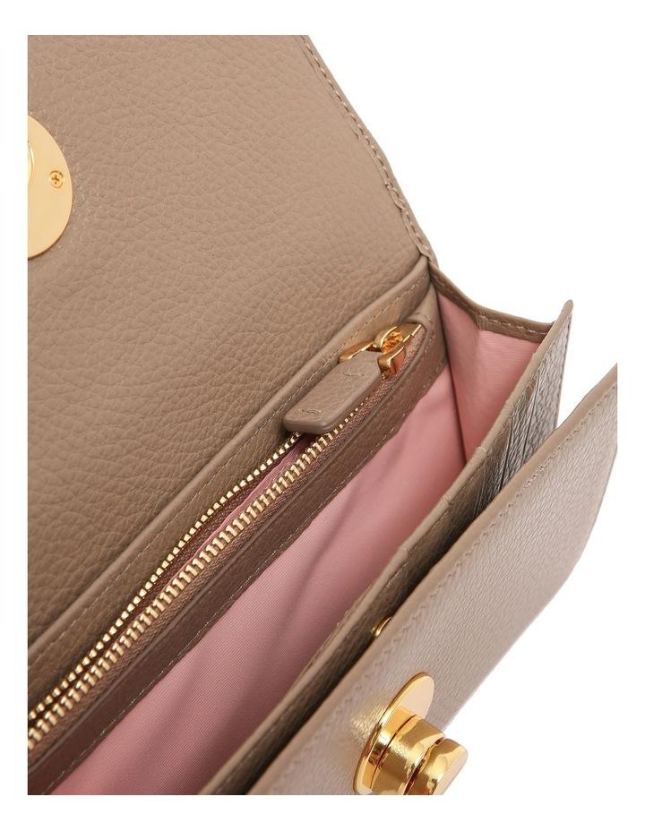 Liya Tri-Fold Wallet E2 DD0 11 46 01 image 4