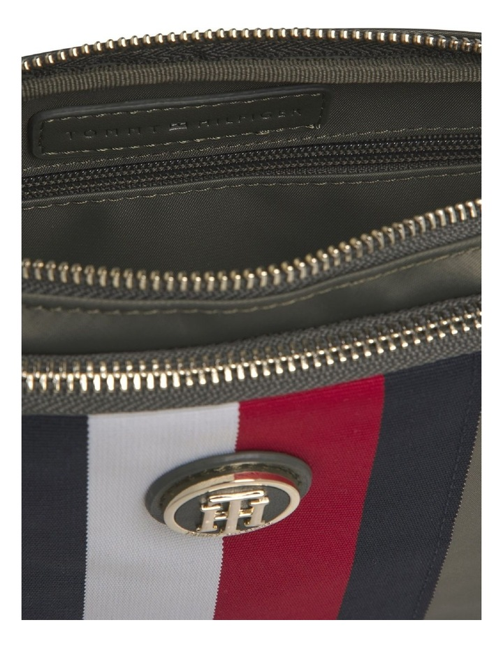 Signature Crossover Bag image 3