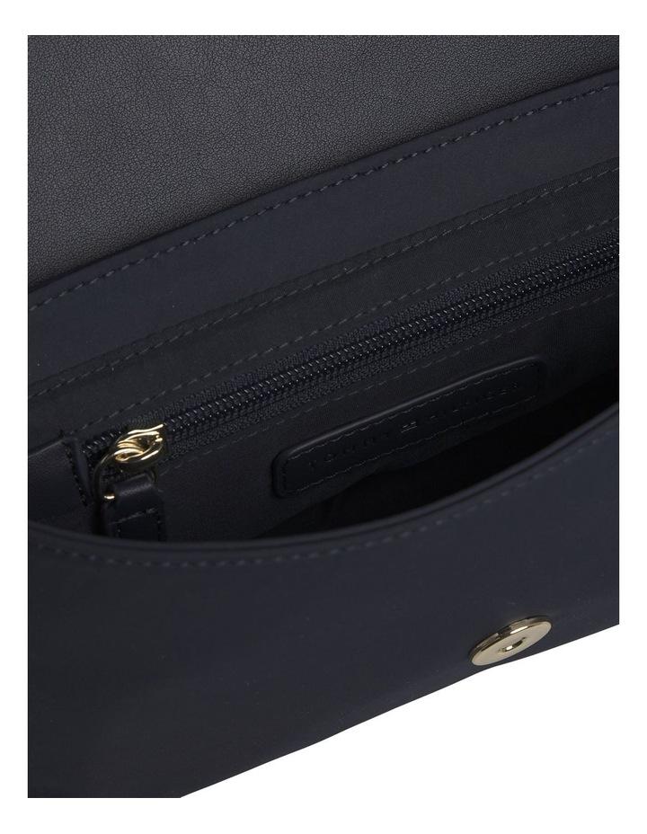 TH Elegant Crossover Bag image 3