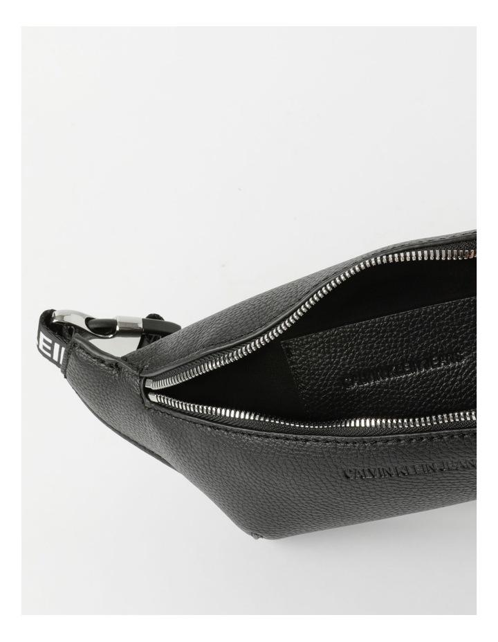 Ultra Light Zip Top Belt Bag image 4
