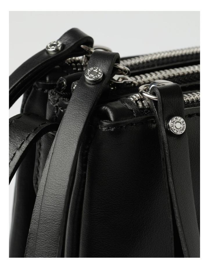 BS 7700 NWS Trinny Zip Top Crossbody Bag image 4