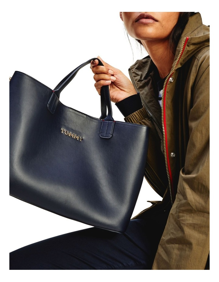 AW0AW08512CJM Iconic Tommy Double Handle Satchel image 4