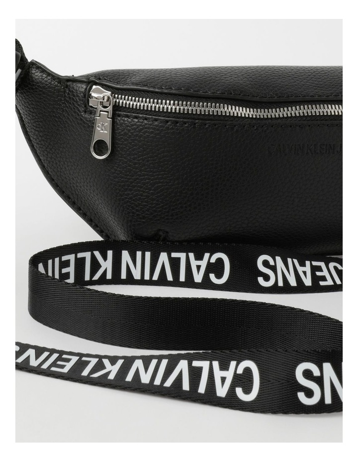 Ultra Light Belt Bag image 3