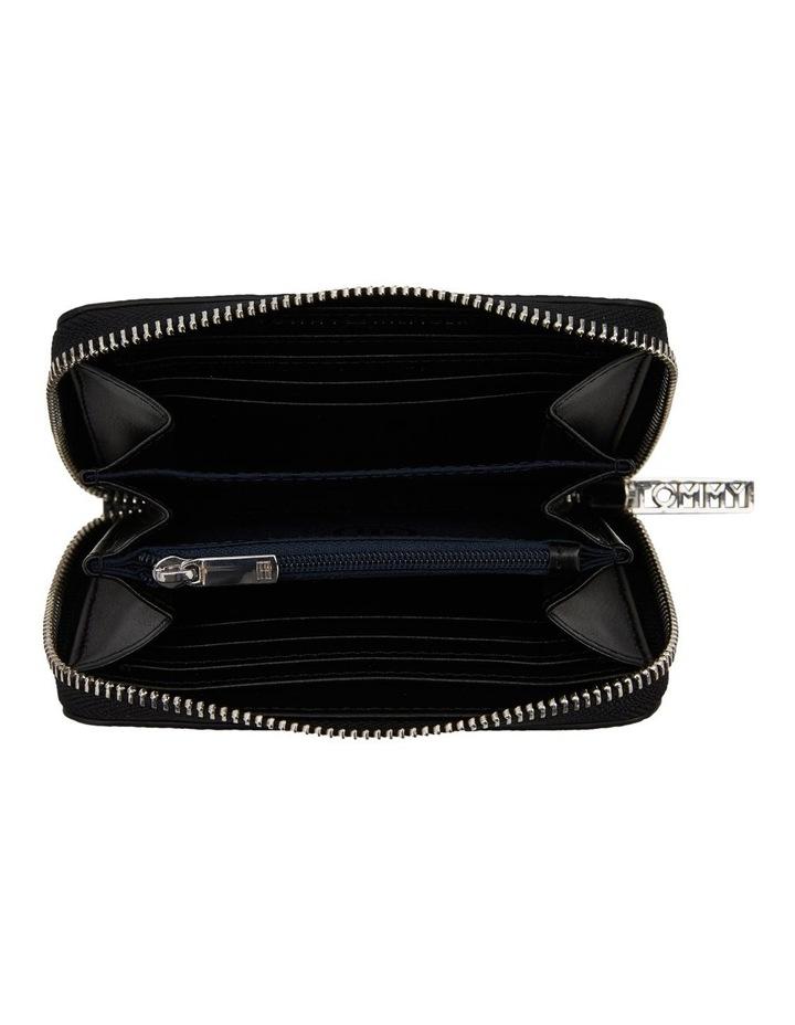 TH Core Medium Zip Wallet image 3