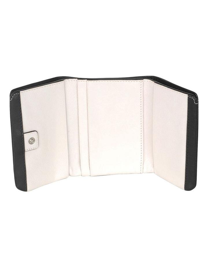 S1786001 London Pockets Tri-Fold Wallet image 3