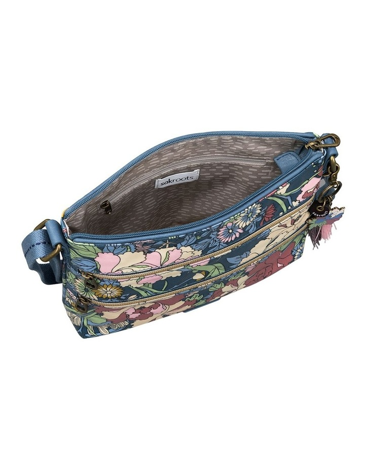 107214DENFLO Artist Circle Zip Top Crossbody Bag image 3