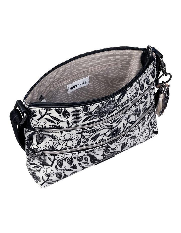 107214BLAPB Artist Circle Zip Top Crossbody Bag image 3