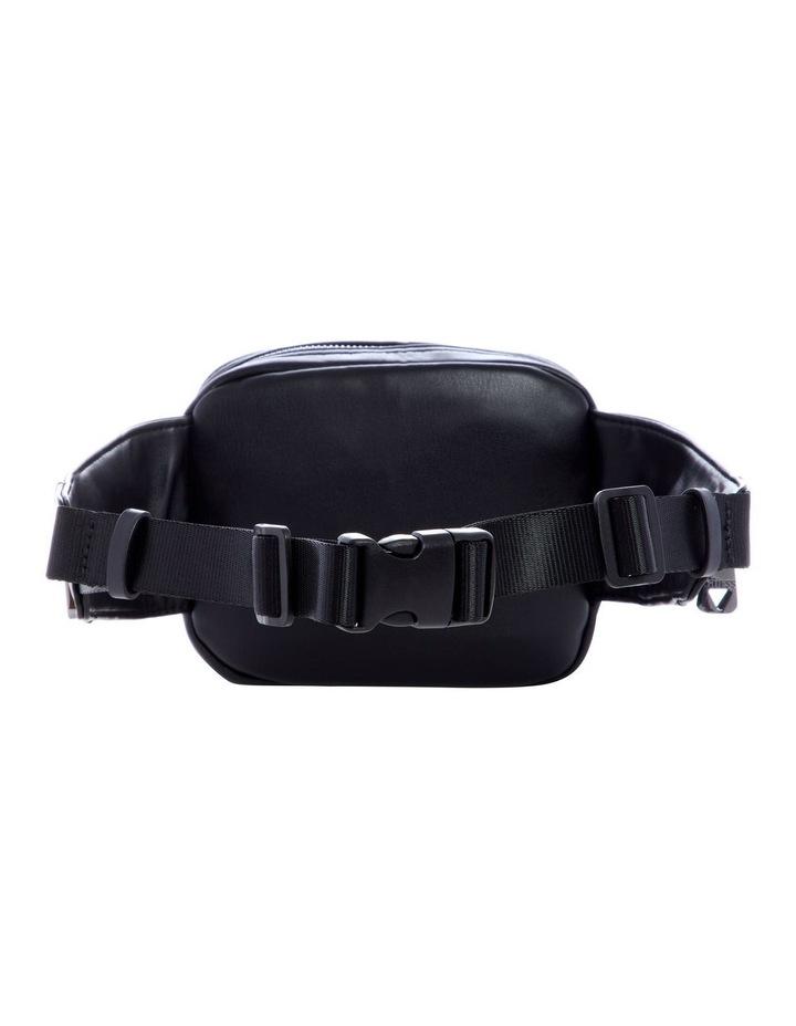 VR788280BLA San Diego Pockets Belt Bag image 2