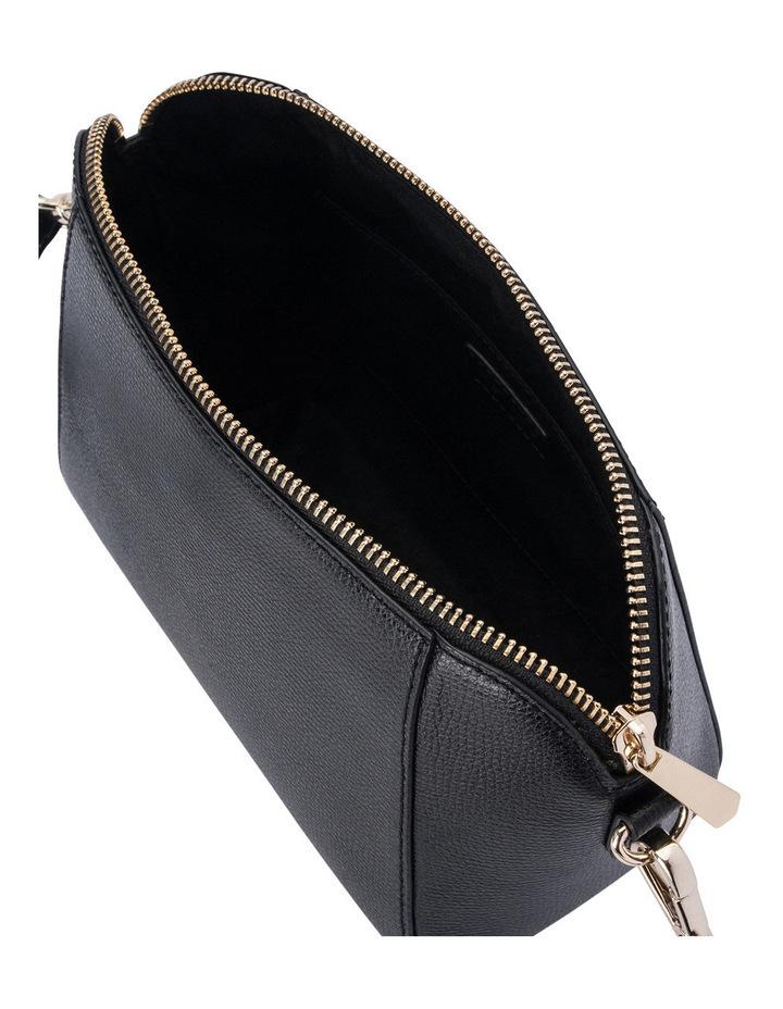 Kim Chain Crossbody Bag image 4