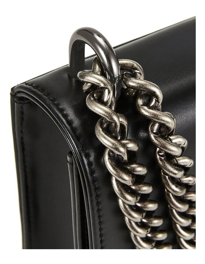 NVSCBS1 Chain Flap Over Shoulder Bag image 3