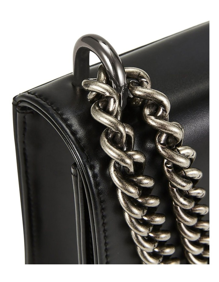 NVCSBS01 Chain Flap Over Shoulder Bag image 4