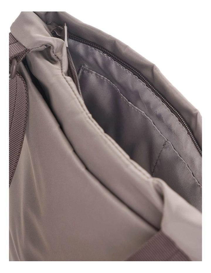 IC419.316 Faith Zip Top Crossbody Bag image 3