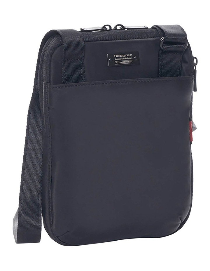 HITC02.003 Trek Zip Around Crossbody Bag image 2