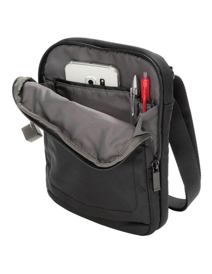 HITC02.003 Trek Zip Around Crossbody Bag image 3