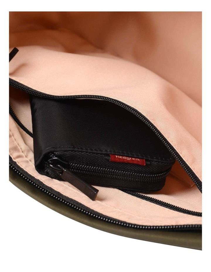 HNOV 03 Gravity Zip Top Crossbody Bag image 6