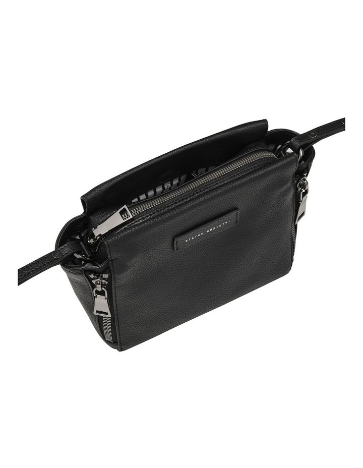 SA7223 The Ascendants Front Zip Crossbody Bag image 4