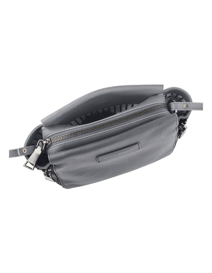 SA7224 The Ascendants Zip Top Crossbody image 3