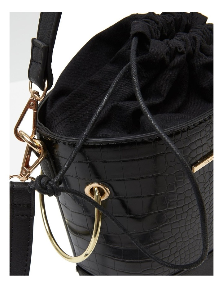 07176 Benjamin Bucket Crossbody Bag image 5