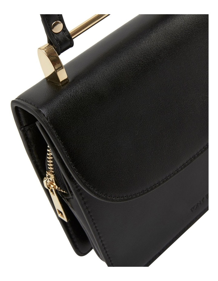 07310 Flynn Flap Over Crossbody Bag image 4
