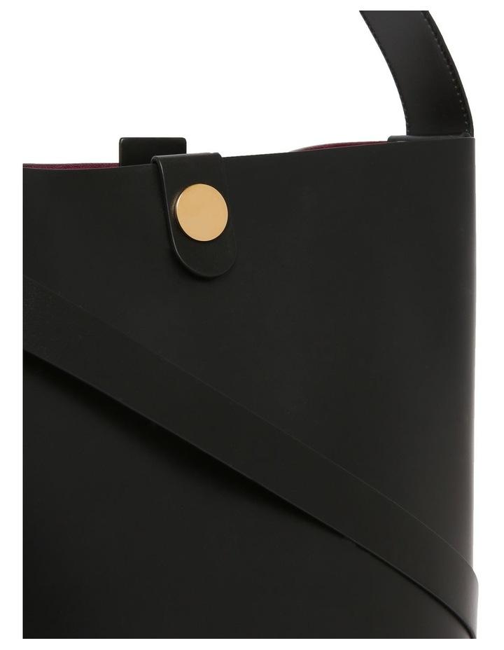 The Swing Black Shoulder Bag image 3