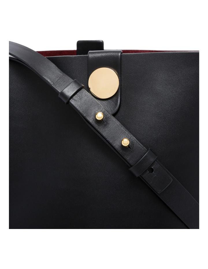 The Swing Cross Body Bag BG1271LE image 3