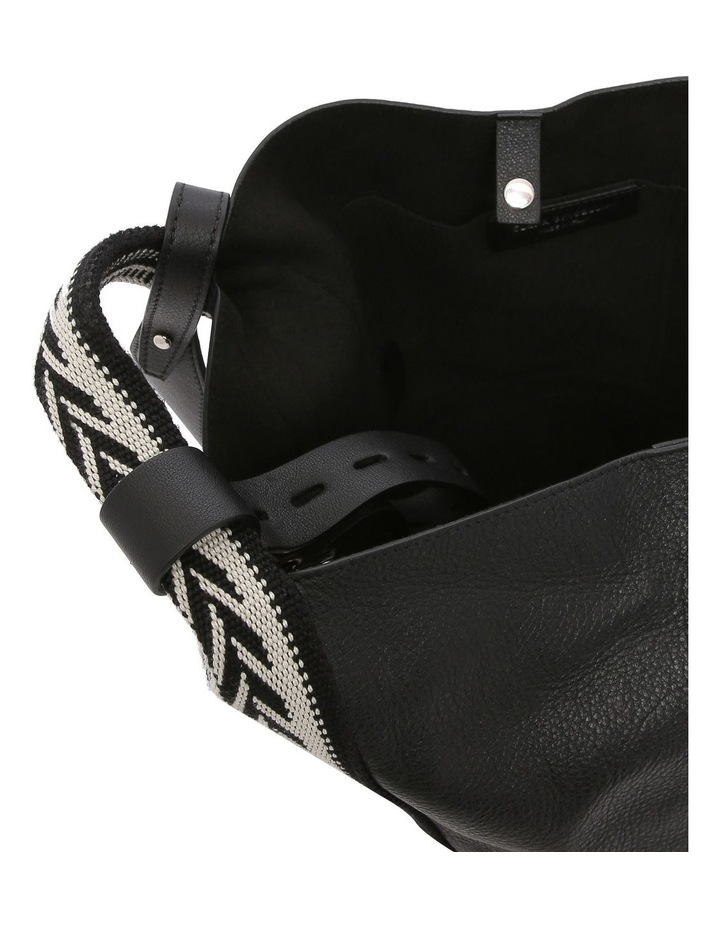 B1007 Vanity M Top Handle Shoulder Bag image 4