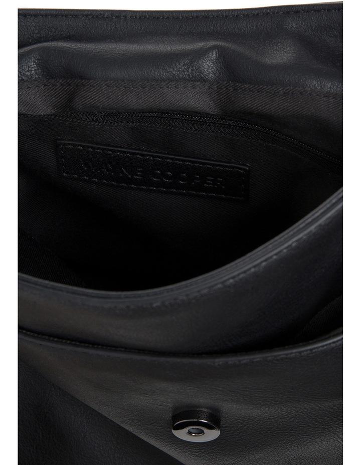 WH-2421 Abena Shoulder Bag image 4