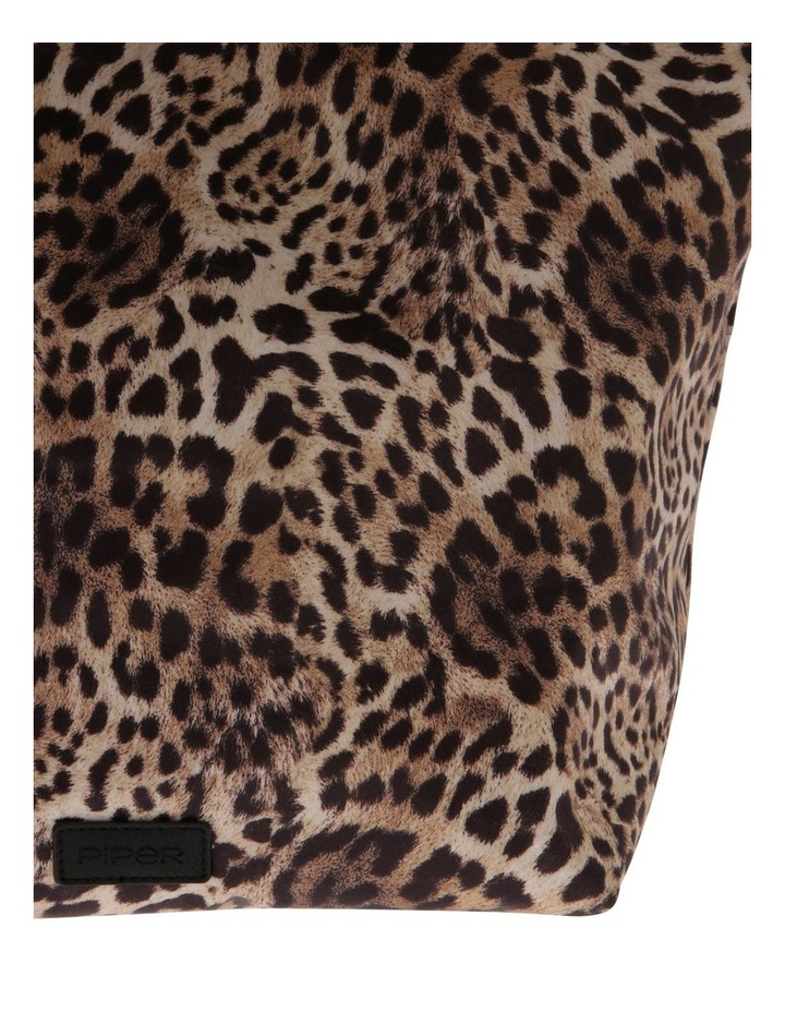 Leopard Double Handle Assorted Tote Bag image 3
