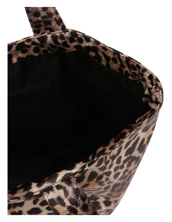 Leopard Double Handle Assorted Tote Bag image 4
