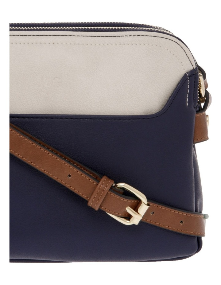 Seattle Zip Top Crossbody Bag image 3