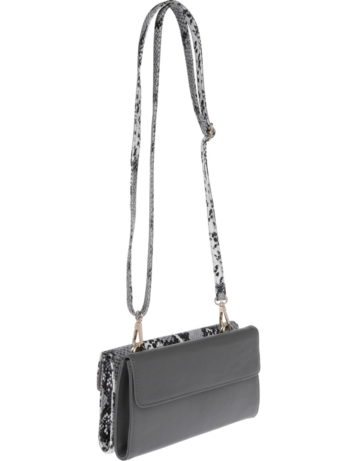Boston Flap Over Crossbody Bag JAGWH673 image 2