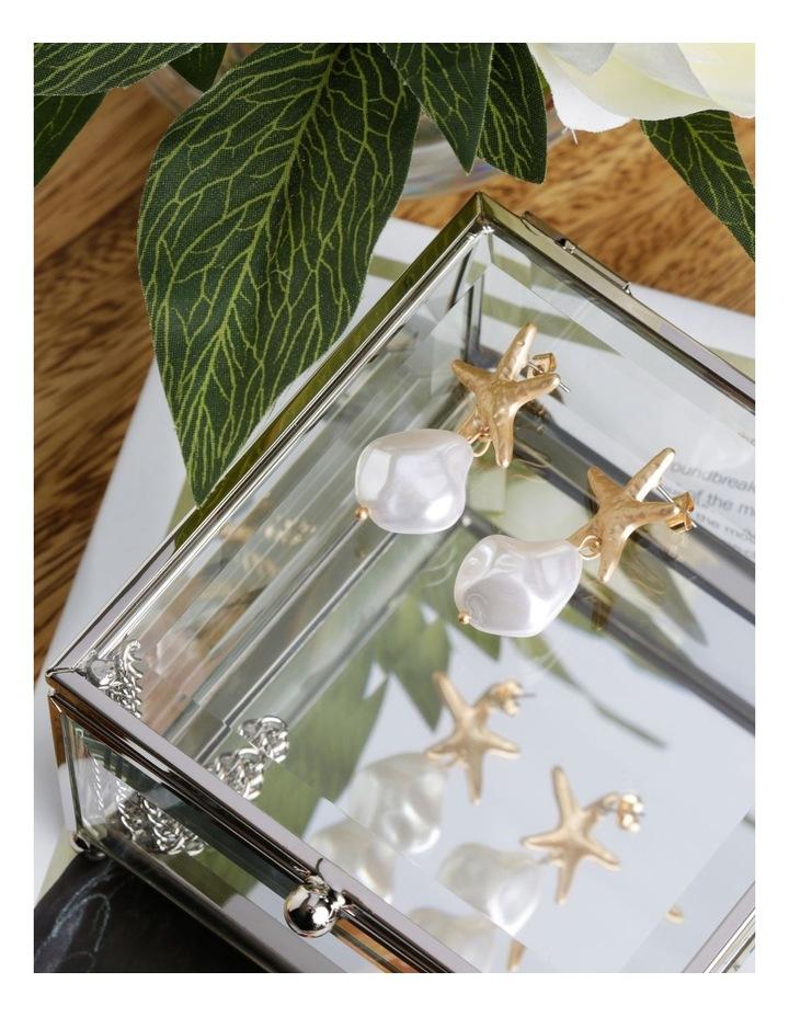 Starfish Pearl Earrings image 3