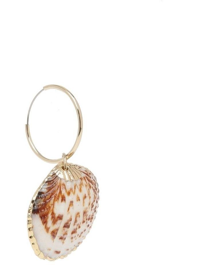 Shell Earrings image 3