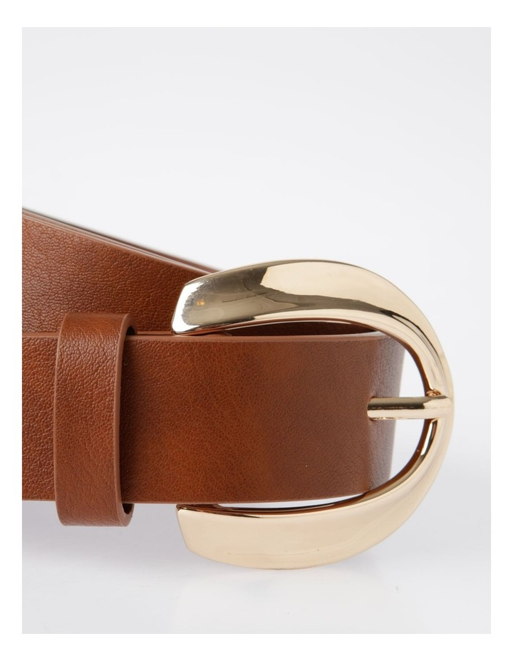 Oversized Gold Buckle With Twist Belt image 2