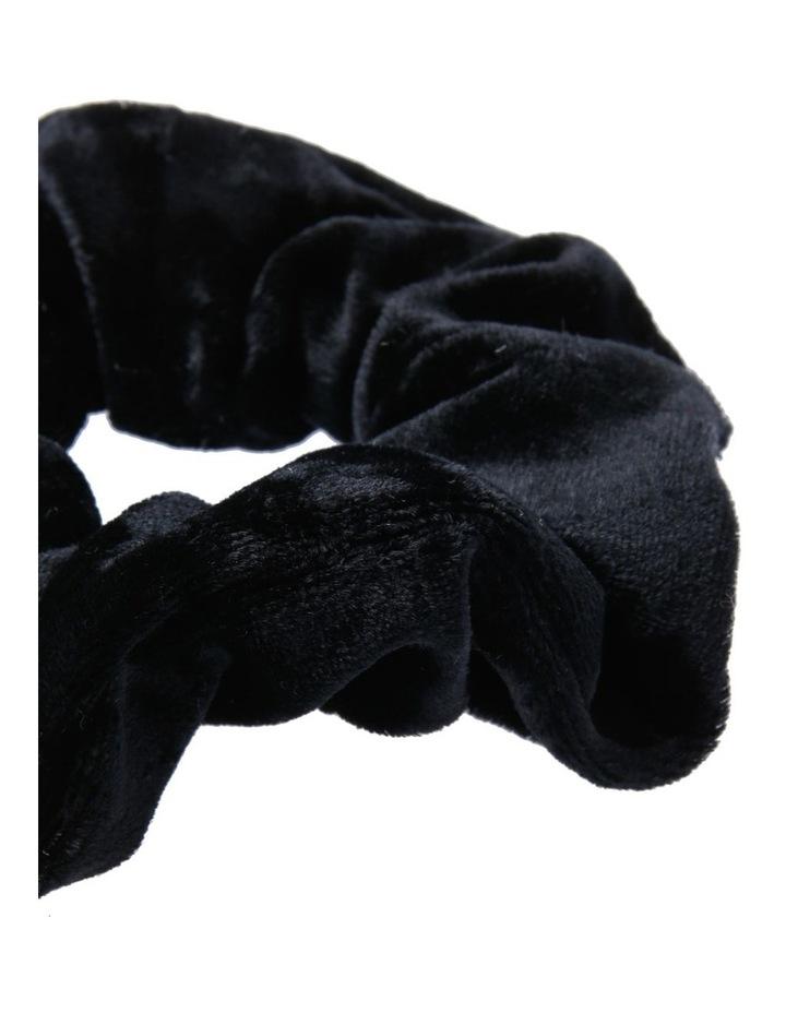 Velvet Scrunchie Hair image 2