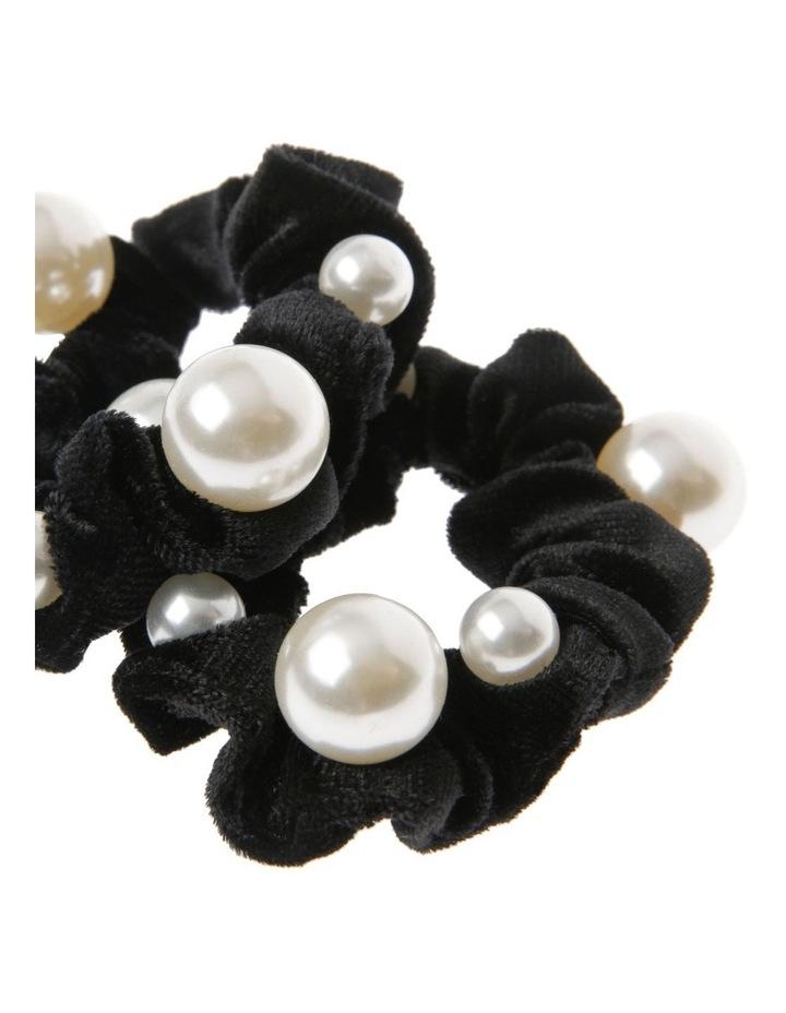 2 Pack Pearl Velvet Scrunchie image 2