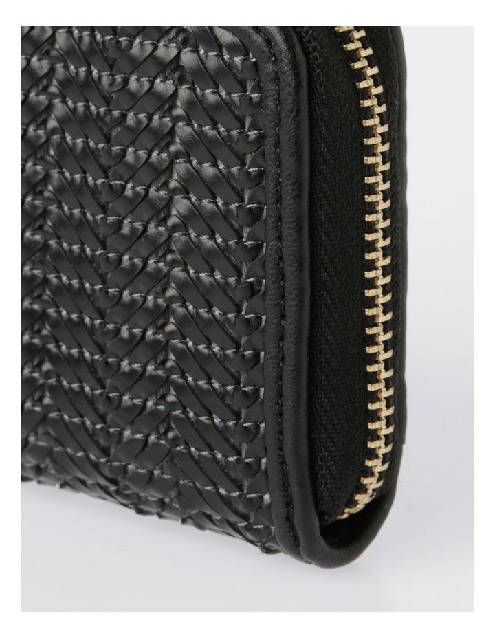 EBG7064 Zip Around Straw Wallet image 3