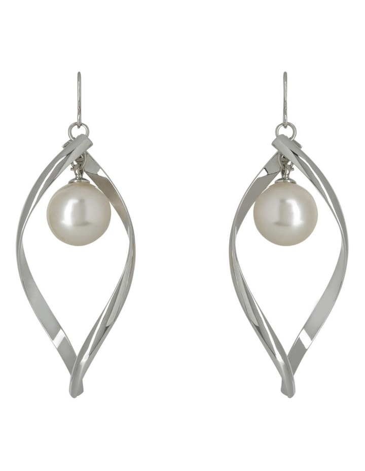 Ger9308M Rhodium-Tone Twisted Oval With Single Faux Pearl Drop Earrings image 1