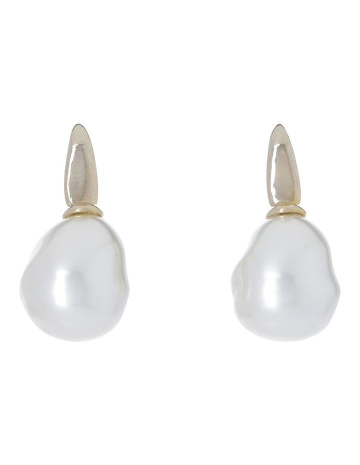 Faux Pearl Earring image 1