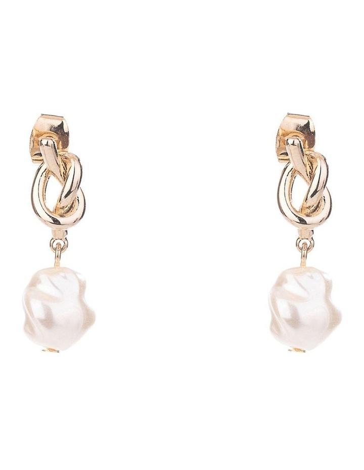 Freshwater Pearl Earrings image 1