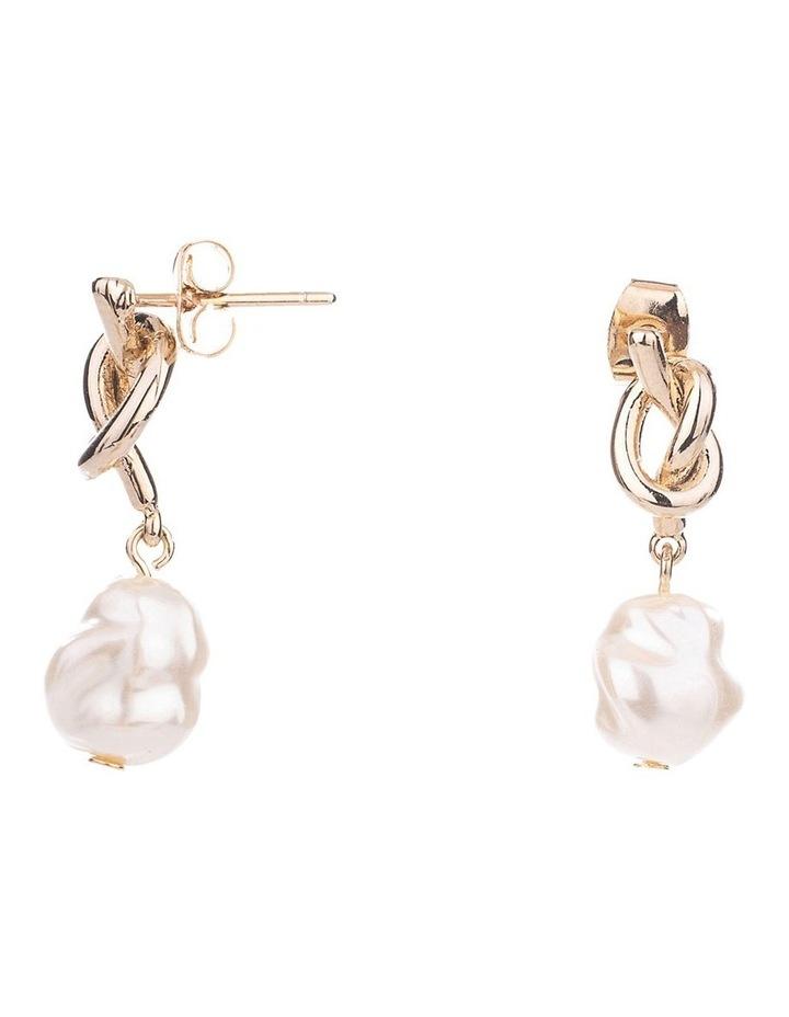 Freshwater Pearl Earrings image 2