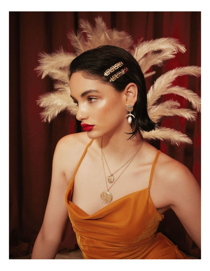 Dolce Pearl Earrings image 2